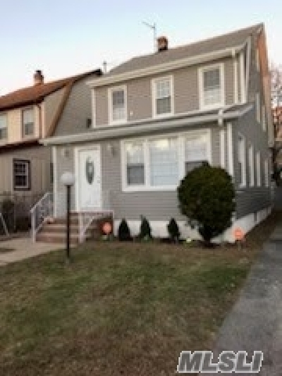 Queens County Single Family Home For Sale: 112-23 201st St