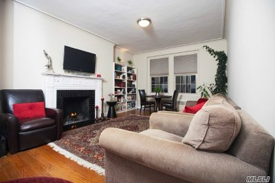 Kew Gardens Condo/Townhouse For Sale: 83-09 Talbot St #5N