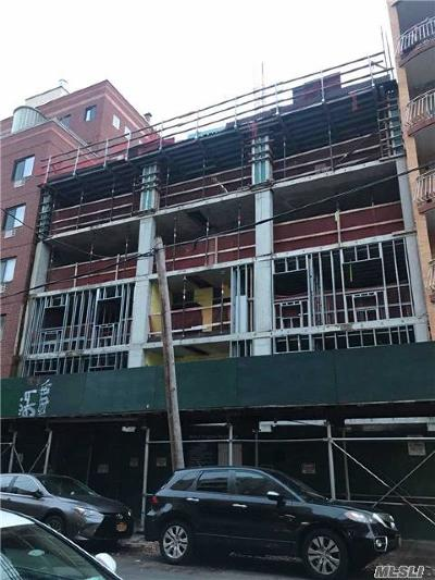 Flushing Condo/Townhouse For Sale: 43-18 Union St #3 Fl