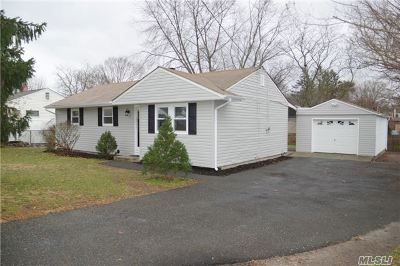Medford Single Family Home For Sale: 2711 Sipp Ave
