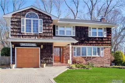 Smithtown Single Family Home For Sale: 121 Fifty Acre Rd