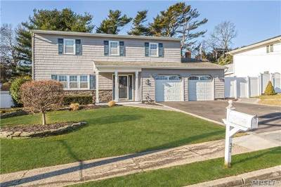 Sayville Single Family Home For Sale: 37 Claire Ln