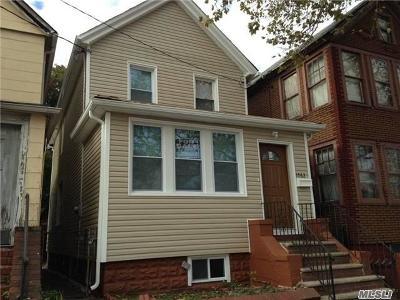 Brooklyn Single Family Home For Sale: 1562 Rockaway Pkwy