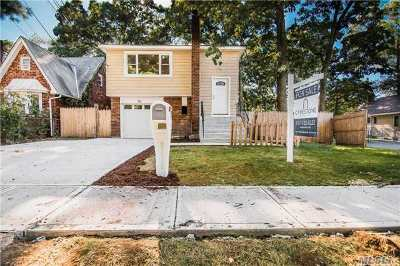 Huntington Single Family Home For Sale: 111 8th Ave