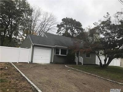 Brentwood Single Family Home For Sale: 193 Westwood Dr