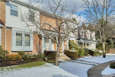 Syosset Condo/Townhouse For Sale: 103 Glen Way