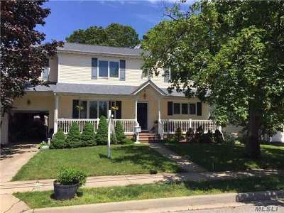 Oceanside Single Family Home For Sale: 349 Clive Ave