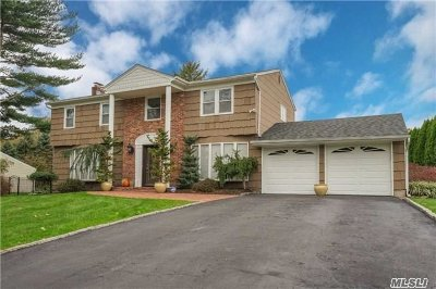 Smithtown Single Family Home For Sale: 14 Eden Dr