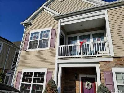 Oceanside Condo/Townhouse For Sale: 22 Strangford Ct