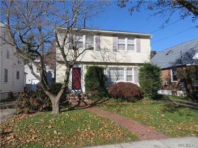 Malverne Single Family Home For Sale: 70 Gates Ave