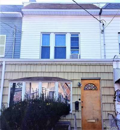 Middle Village Single Family Home For Sale: 69-06 78th St