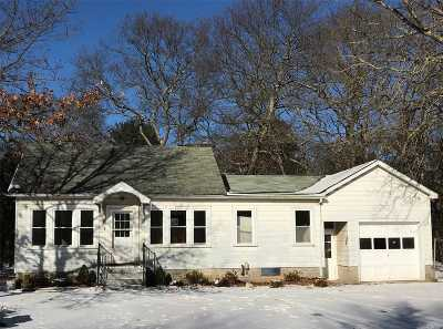 Medford Single Family Home For Sale: 13 Lincoln Rd