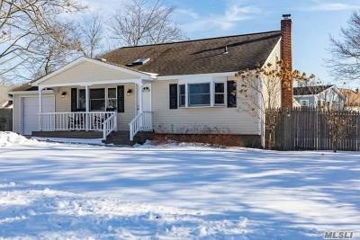 Ronkonkoma Single Family Home For Sale: 3 Gregory Dr