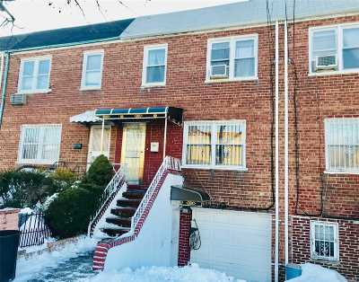 Fresh Meadows Single Family Home For Sale: 6940 165 St