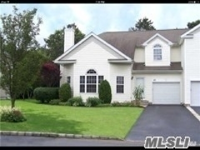 S. Setauket Single Family Home For Sale: 49 Sunflower Ridge Rd