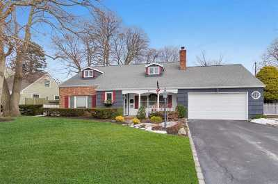 Sayville Single Family Home For Sale: 19 Nancy Dr