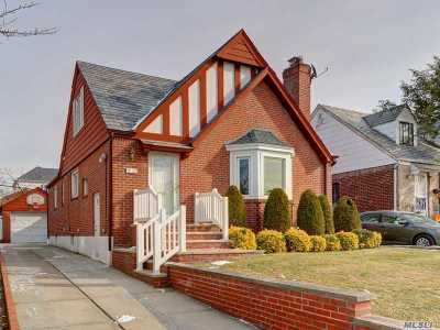 Queens County Single Family Home For Sale: 75-07 189th St