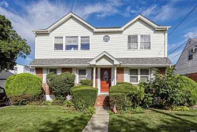 Nassau County Single Family Home For Sale: 1707 Park Ave