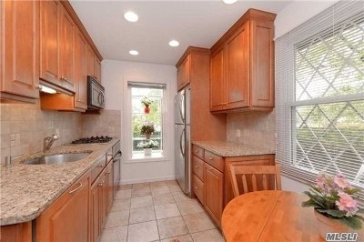 Flushing Single Family Home For Sale: 47-39 168 St