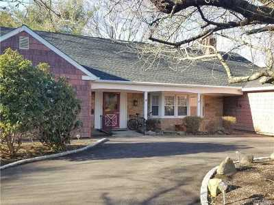 Stony Brook Single Family Home For Sale: 15 Manor Ln