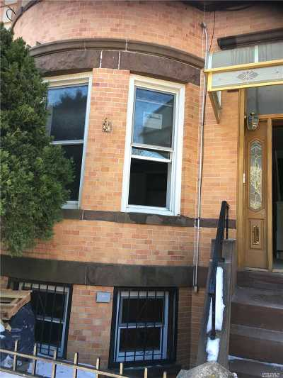Queens County Multi Family Home For Sale: 71-20 66 Pl