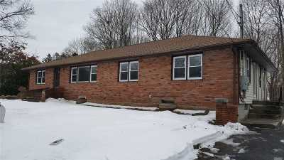 Huntington Sta NY Rental For Rent: $2,800