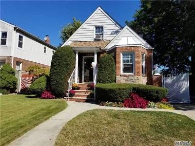 Fresh Meadows Single Family Home For Sale: 5849 187th Street