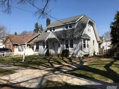 Baldwin Single Family Home For Sale: 525 Fairview Ave