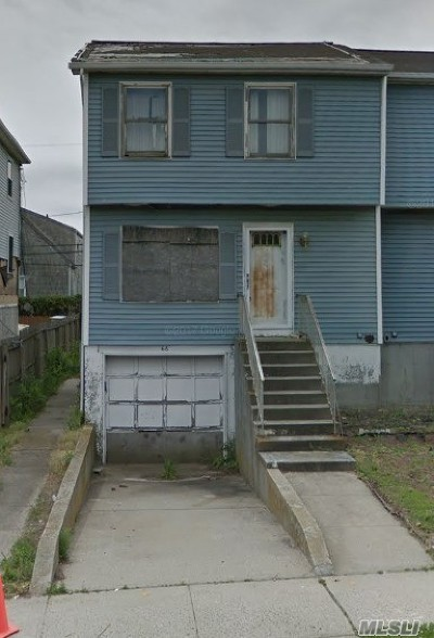Long Beach NY Single Family Home For Sale: $239,000