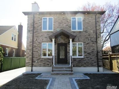 Bellerose, Glen Oaks Single Family Home For Sale: 84-60 251 St