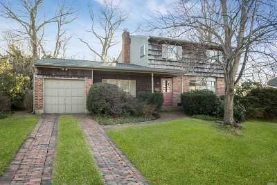 Nassau County Single Family Home For Sale: 10 Woodland Dr