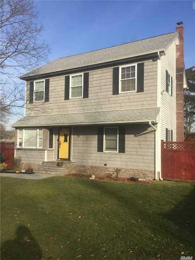 Suffolk County Single Family Home For Sale: 23 Oxhead Rd