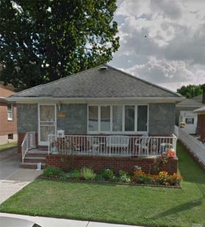 Flushing Single Family Home For Sale: 151-56 25 Dr