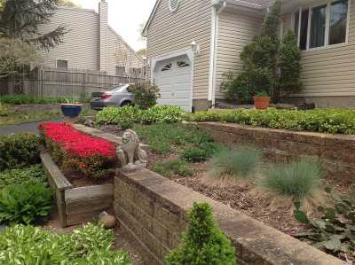 Smithtown Single Family Home For Sale: 8 Annetta Ave