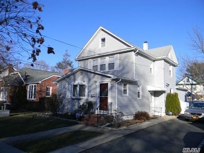 Hicksville Single Family Home For Sale: 19 Harding Ave