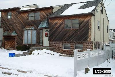 Baldwin Single Family Home For Sale: 1115 Jackson Pl