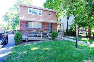 Baldwin Single Family Home For Sale: 927 Merrick Rd