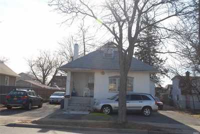 Baldwin Single Family Home For Sale: 706 Atlantic Ave