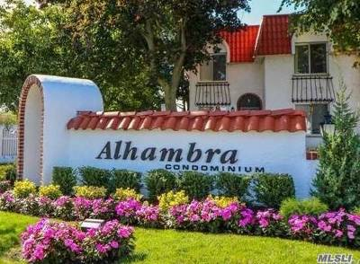 Oceanside Condo/Townhouse For Sale: 89 Alhambra Dr #89