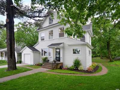 Port Washington Single Family Home For Sale: 458 Main St