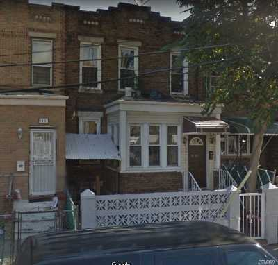 Ozone Park Single Family Home For Sale: 94-09 Forbell St