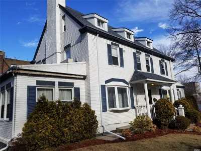 Kew Gardens Single Family Home For Sale: 118-32 80 Rd