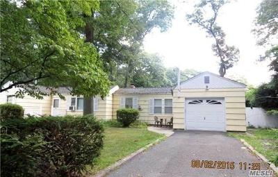 Miller Place Single Family Home For Sale: 49 Oakland Ave