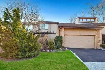 Roslyn Condo/Townhouse For Sale: 49 Willets Pond Path