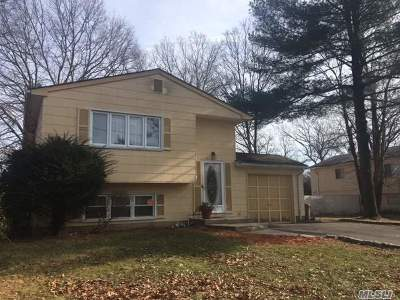 Greenlawn Single Family Home For Sale: 11 Roosevelt Ave