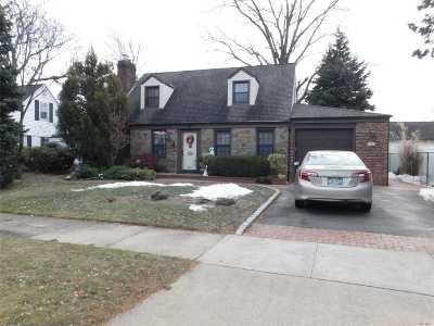 Baldwin Single Family Home For Sale: 2740 Eastern Blvd