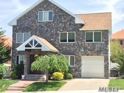 Douglaston Single Family Home For Sale: 48-15 Overbrook St
