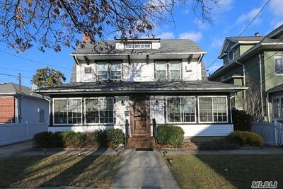 Lynbrook Single Family Home For Sale: 11 Tredwell Ave