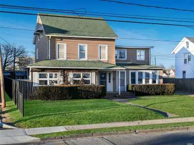 Patchogue Multi Family Home For Sale: 11 Baker St