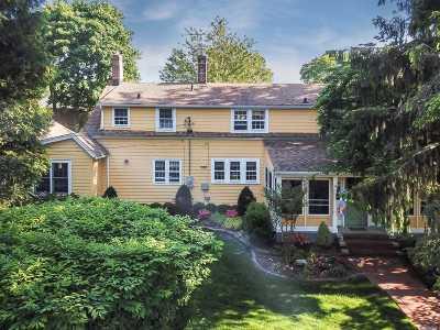 Garden City Single Family Home For Sale: 3 Kensington Ct